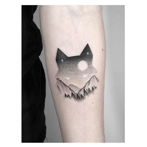 minimalist raven tattoo 17 best images about ideas tattoo on pinterest solar