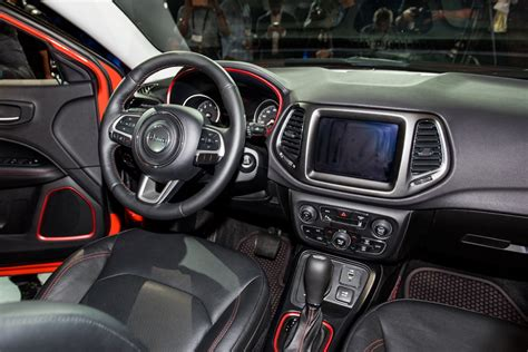 jeep compass 2016 interior 2017 jeep compass makes official debut
