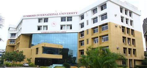 Sicsr Mba by Fees Structure And Courses Of Symbiosis International