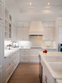 White Kitchen Backsplashes by White Kitchen Backsplash Ideas Racetotop Com