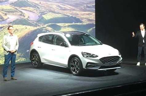 ford focus new model 2018 new 2018 ford focus unveiled as brand s most advanced