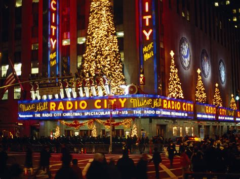christmas lights in new york wallpaper
