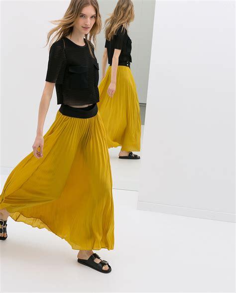 zara pleat skirt in yellow lyst