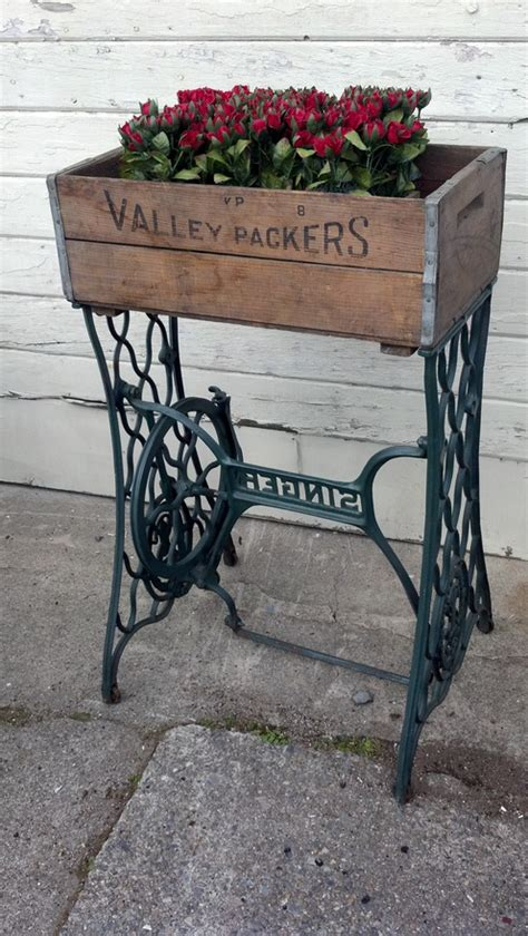 vintage this repurpose that four ways to repurpose an old sewing machine
