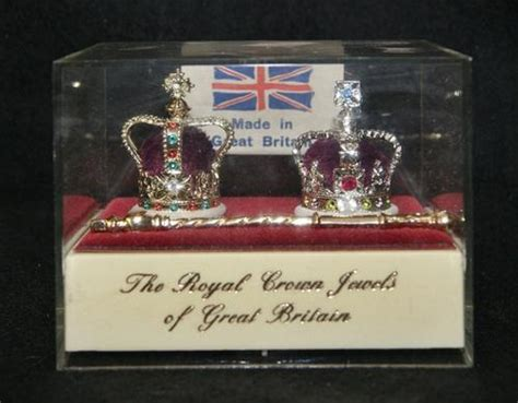 Great Britain Information Technology 1982 St Set other ornaments royal crown jewels of great britain souvenir for sale in johannesburg id