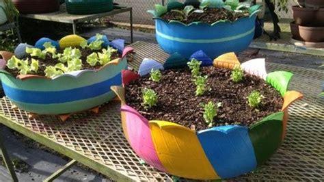 imagenes de jardines reciclables como hacer macetas para el jard 237 n con llantas recicladas
