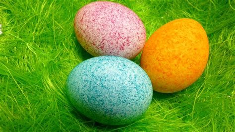 decorating easter eggs with food coloring easter egg decorating coloring with dye rice shake it