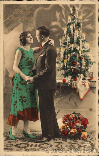 merry christmas couple  christmas tree