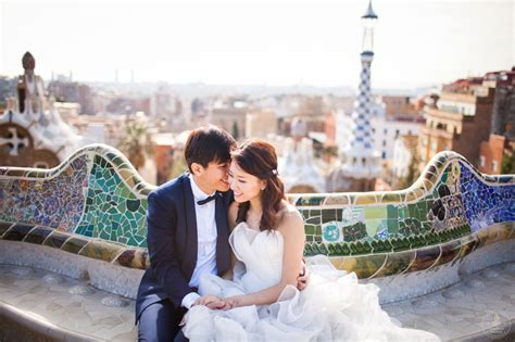 Wedding Barcelona by Overseas Pre Wedding Barcelona All Day Session