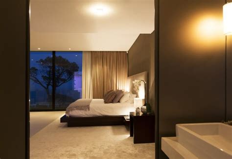 Wealth Feng Shui Bedroom by Feng Shui Tips For The Bedroom For Career Success And