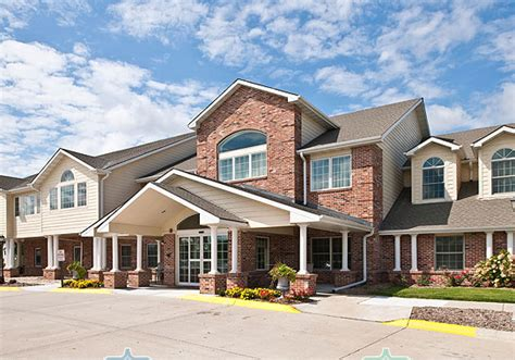 3 differences in assisted living vs home care