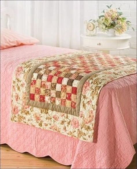 Patchwork Bed Runner Patterns - 25 best ideas about table runners on quilted