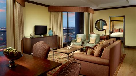 austin bedroom suite luxury austin guest rooms and suites omni austin hotel