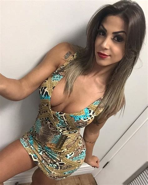 pinterest female lowcut sabrina soares red lips colorful dress thecrossfit