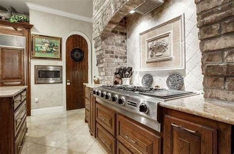 veneer kitchen backsplash 47 brick kitchen design ideas tile backsplash accent