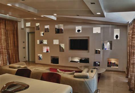 pareti illuminate foto di pareti pavimenti in stile moderno nicchie