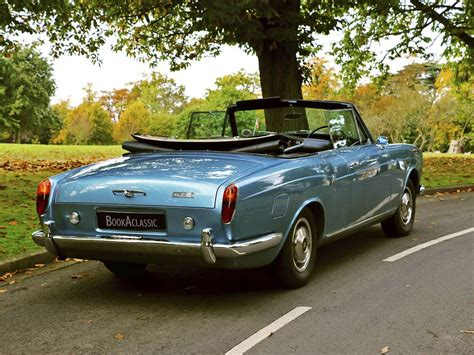 rolls royce corniche convertible rolls royce corniche convertible for hire in weybridge