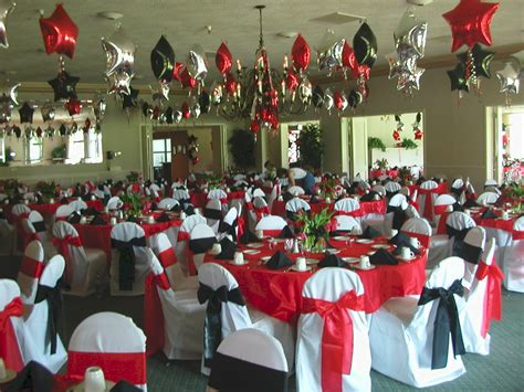 theme names for graduation graduation party table settings just use a simple jar