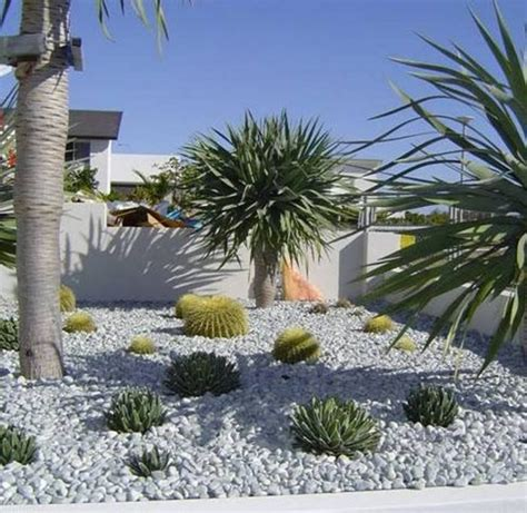 Small Pebble Garden Ideas 30 Pebble Garden Designs Decorating Ideas Design Trends