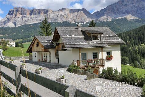 appartamenti la villa appartamento con giardino in vendita in alta badia
