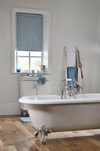badezimmer rollos 25 best ideas about bathroom blinds on