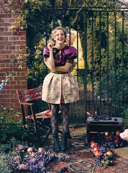 wonderland film emma watson emma watson covers teen vogue august 2009