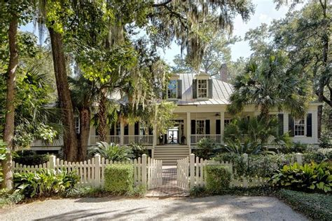 Historical Concepts Home Design Pin By Googe Design On House Type Low Country Coastal