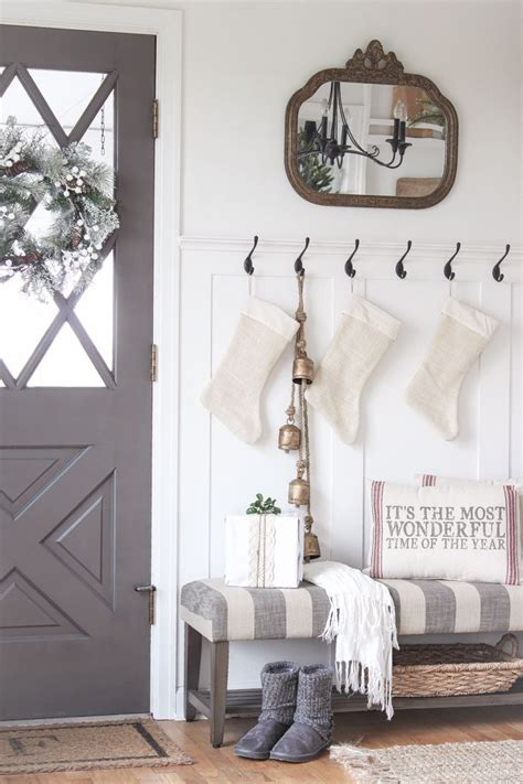 Front Entrance Bench With Hooks 25 Best Ideas About Entryway Hooks On