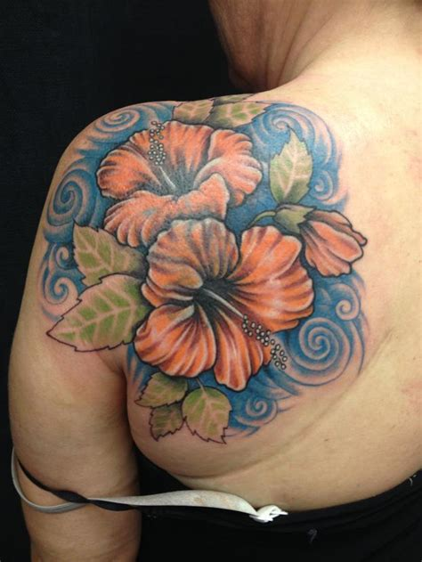 hibiscus tattoo on shoulder 53 fabulous hibiscus shoulder tattoos