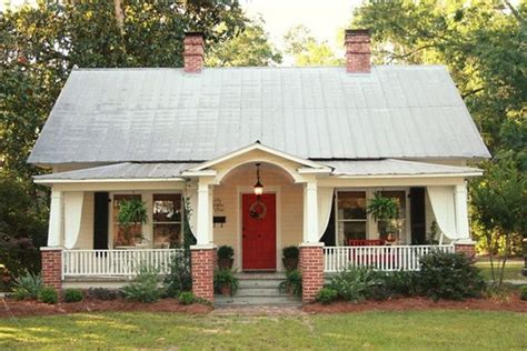 skies of parchment the cottage at 341 south 884 best cozy cottages images on pinterest facades