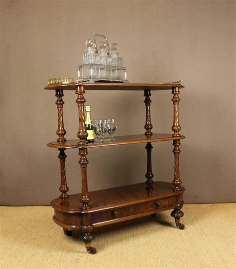 drinks table victorian walnut drinks table antiques atlas