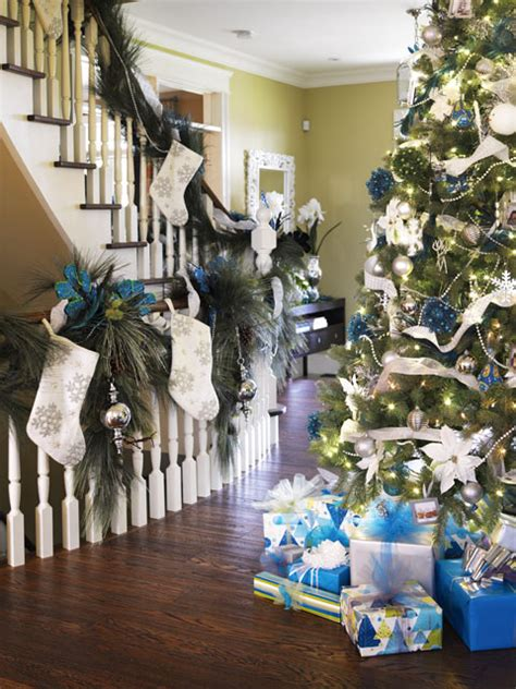10 tips for holiday decorating decorating den interiors blog decorating tips design top tips to create a fabulous christmas tree jennifer