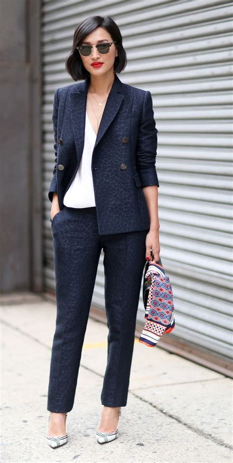 Navy Fashion warne nyfw 2015 style navy blazer white top ban sunglasses scarf