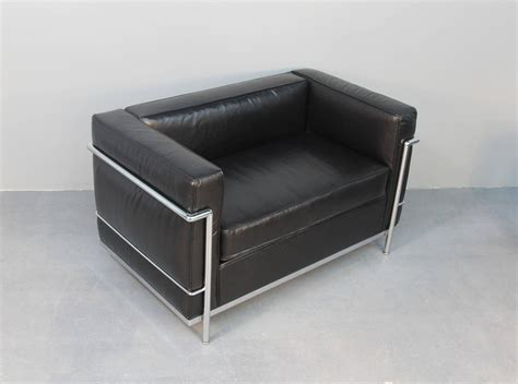 lc3 grand modele armchair lc3 grand modele armchair with down cushions le corbusier