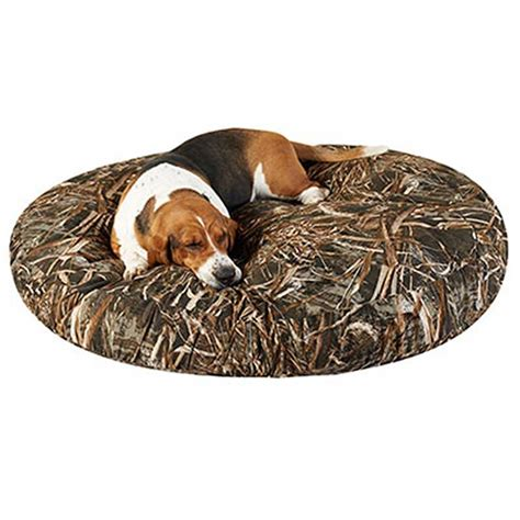 realtree dog bed realtree max 5 camo dog bed round canvas blanket warehouse