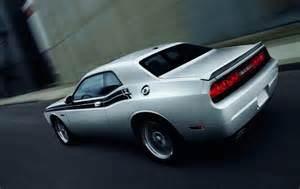 2012 dodge challenger review specs pictures price mpg