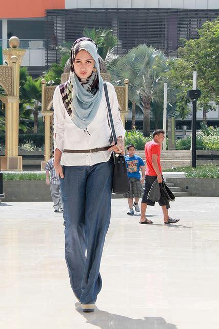 Fashion Atasan Annisa Wanita Casual model baju atasan dan busana wanita terbaru desain avirss