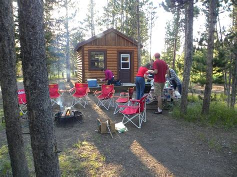 Headwaters Lodge And Cabins Yellowstone by Cer Cabin Picture Of Headwaters Lodge Cabins At