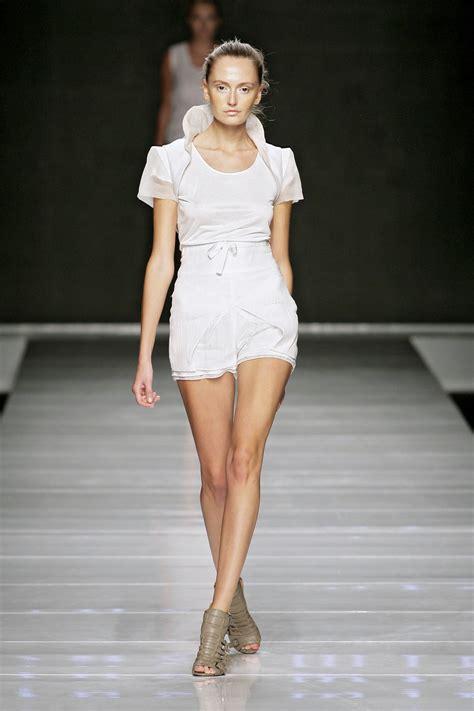 della moda incubatore della moda at milan fashion week 2010