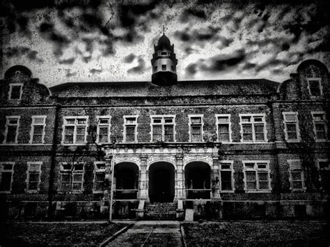 pennhurst haunted house top 10 scariest haunted houses in america halloween costumes blog