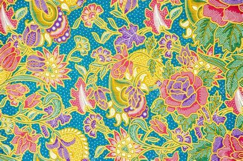 batik design in malaysia how does indonesian batik differ from malaysian batik quora