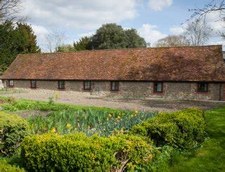Flagstone Farm Cottages by Large Farm Cottages In The Cotswolds