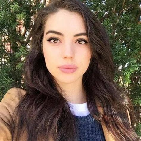 reign hairstyles and makeup adelaide kane adelaide kane pinterest adelaide kane