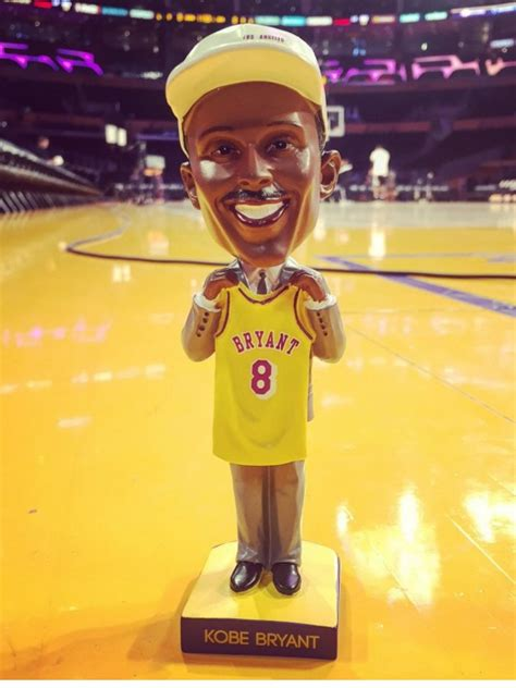 Stadium Giveaway Bobbleheads - kobe bryant bobblehead los angeles lakers 3 1 2016 stadium giveaway exchange
