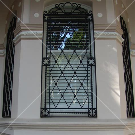 iron window rivas design
