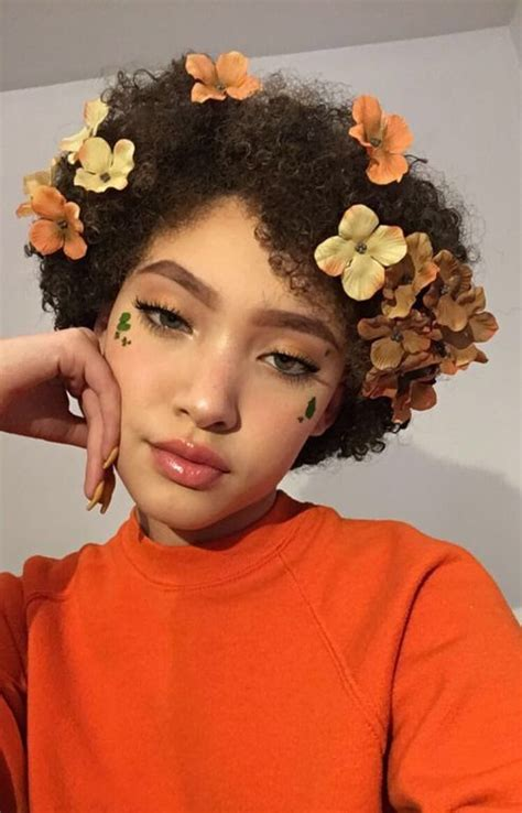 Flower Based Cosmetic Preparations by 1479 Best Images About Makeup On Fashion Weeks