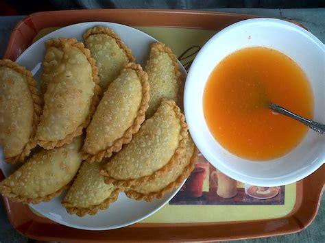 makanan khas sulawesi selatan  terkenal mangan enak