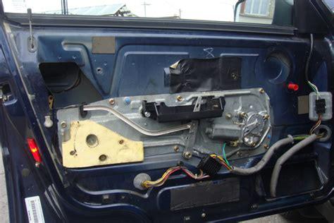 serrure porte voiture comment reparer une serrure de porte de voiture