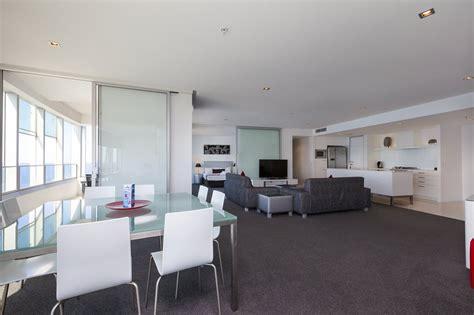 3 bedroom apartment in gold coast q1 resort s three bedroom spa apartment gold coast