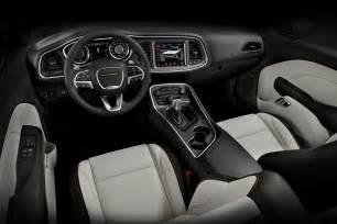 2014 Dodge Challenger Sxt Interior 2015 Dodge Challenger Sxt Plus Test Motor Trend